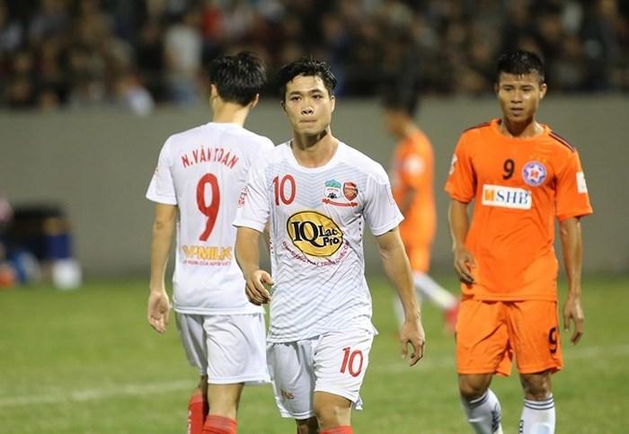 HLV Park Hang Seo,Công Phượng,HAGL,V-League