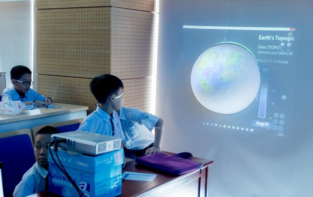 STEM,robot,khoa học công nghệ
