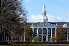 Gần 2.000 thí sinh trúng tuyển vào Harvard năm 2021