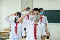 Học sinh Hà Nội đi học bình thường sau nghỉ lễ