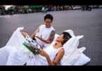 Nhiếp ảnh gia nói về bộ ảnh cưới 'chăn gối trên phố' gây bão mạng