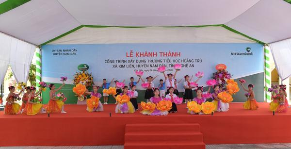 Vietcombank xây trường tặng học sinh Nam Đàn, Nghệ An