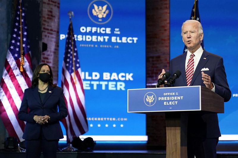 Ông Trump trì hoãn chuyển giao, ông Biden cảnh báo 'thêm người chết'