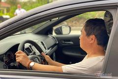 Người già có nên tự lái xe ra đường?