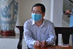 Cựu Bộ trưởng Vũ Huy Hoàng mệt mỏi hầu tòa, chối trách nhiệm