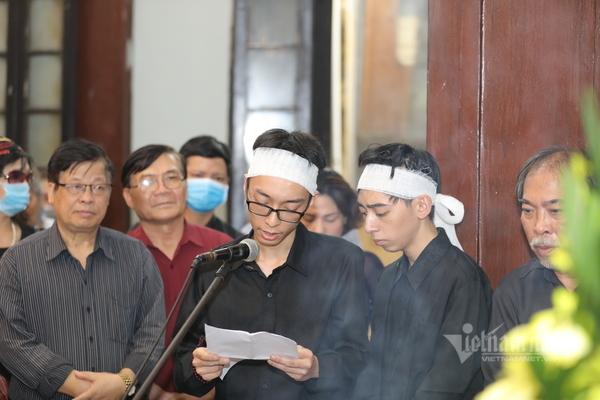 Trung Hiếu, Bùi Bài Bình và giới văn chương tiễn biệt Hoàng Nhuận Cầm