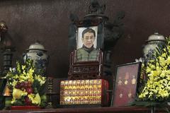 'Hoàng Nhuận Cầm bị bệnh phổi nhưng không ngờ anh ra đi sớm quá'