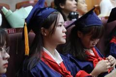 ĐH Công nghiệp Thực phẩm TP.HCM chi hơn 200 triệu khen sinh viên giỏi