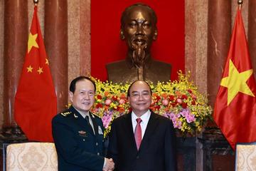 Chủ tịch nước Nguyễn Xuân Phúc tiếp Bộ trưởng Quốc phòng Trung Quốc