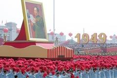 Trung Quốc lần đầu tiên sụt giảm dân số