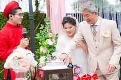 Cận cảnh đám cưới như cổ tích của NSND Thanh Hoa ở tuổi 70