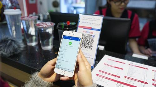 Dùng QR Pay trên Mobile Banking, nhận lì xì 100.000 đồng
