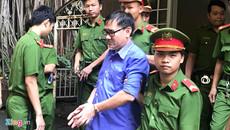 Tuyên truyền chống Nhà nước, bác sĩ lãnh 4 năm tù