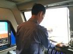 Đứa trẻ ngủ giữa đường ray và giây phút khiến người lái tàu ám ảnh