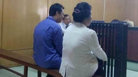 'Chạy' kỷ luật cho chồng, vợ thiếu tá công an lãnh án