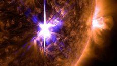 Hiện tượng bất thường từ Mặt trời: Nỗi lo của nhân loại