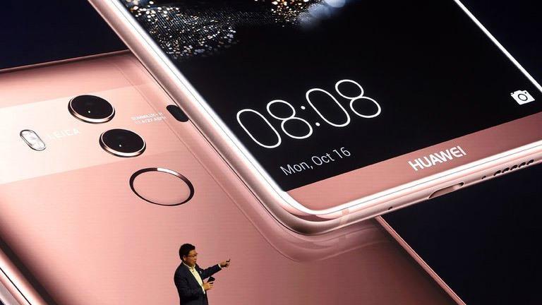 Tại sao Huawei không thể dùng các 'siêu phẩm' công phá thị trường Mỹ?