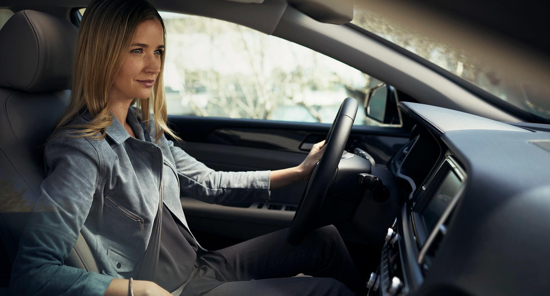 Tranh cãi phụ nữ lái ô tô dở hơn đàn ông