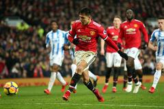 "Alexis Sanchez khai hỏa, MU ""xử đẹp"" Huddersfield"