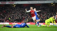 Ramsey nổ hat-trick, Arsenal đại thắng ngày ra mắt Aubameyang