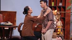 Quỳnh Hương khóc ngất vì Trấn Thành bị truy nã