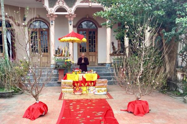 Lễ cúng Táo Quân theo hướng dẫn của GS Lương Ngọc Huỳnh