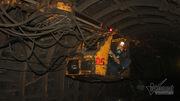 Xuống độ sâu 375m cùng thợ lò mang 'vàng đen' lên mặt đất