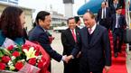 Thủ tướng đến Thủ đô Vientiane, Lào