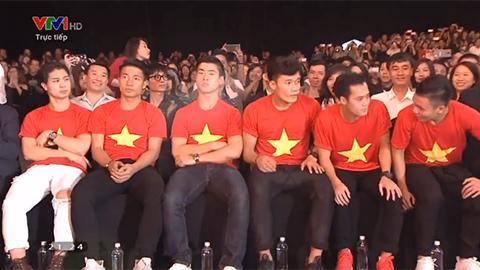 Sao Việt phấn khích cuồng nhiệt như khán giả khi U23 Việt Nam xuất hiện