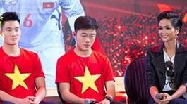Hoa hậu H'Hen Niê: Cầu thủ yêu người đẹp showbiz thì có gì là sai
