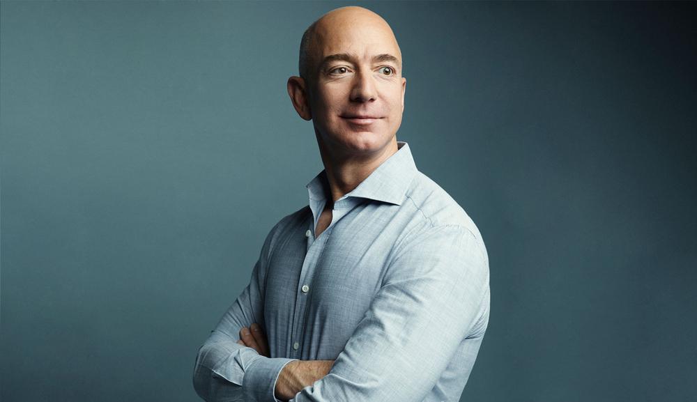 Jeff Bezos,tỷ phú giàu nhất hành tinh,ông chủ Amazon,người giàu nhất mọi thời đại