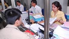 Muốn kết hôn, người Việt Nam phải sang nước ngoài xác nhận độc thân?