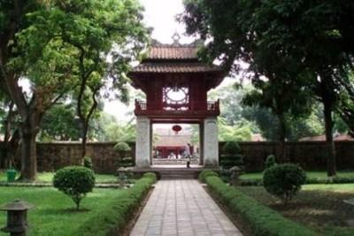 Người Việt nào được suy tôn là ông tổ nghề đúc súng ở nước ngoài?