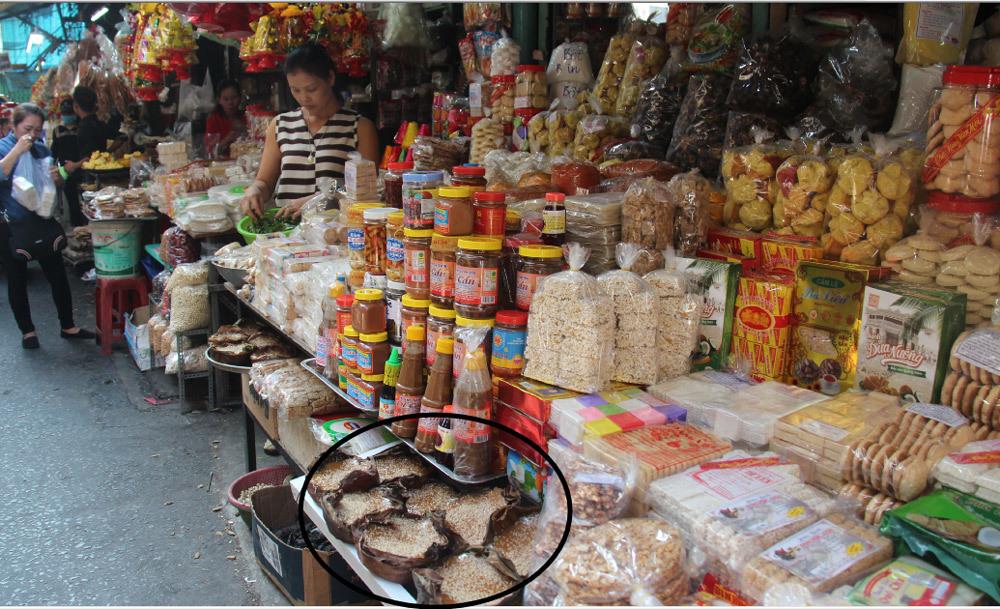 Chợ Tết, Quảng Nam, Chợ Bà Hoa