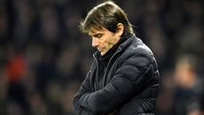 """Conte thách thức ông chủ Chelsea: """"Cứ sa thải nếu muốn"""""""
