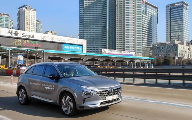 Mẫu xe điện tự lái đầu tiên trên thế giới vừa được Hyundai thử nghiệm thành công trên quãng đường dài 190 km