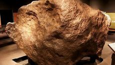Những thiên thạch lớn nhất trên Trái Đất từng được tìm thấy
