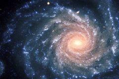 Tuổi, khối lượng, kích thước Dải ngân hà như thế nào?