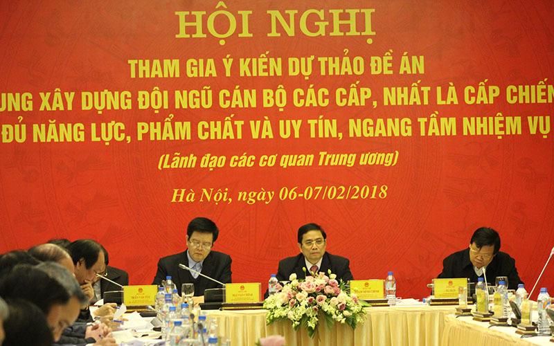 Trưởng ban Tổ chức TƯ, Phạm Minh Chính, Bí thư tỉnh