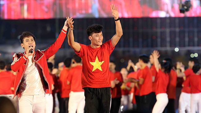 Bùi Tiến Dũng,U23 Việt Nam,thủ môn Tiến Dũng