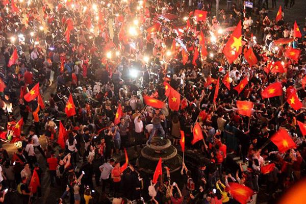 Cuộc hội ngộ giữa Đảng, Mùa Xuân và Dân tộc