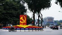 Trí tuệ thăng hoa trên nền móng đại đoàn kết toàn Dân tộc!