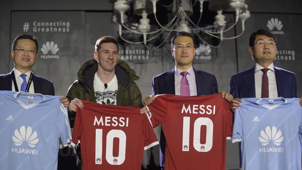 MU 'đầu hàng' Liverpool, CLB Trung Quốc mua Messi