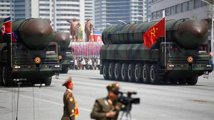 Triều Tiên sẽ diễu binh lớn hôm nay