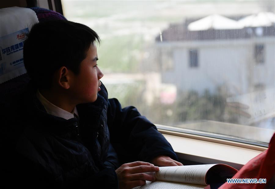 học trò nghèo,về quê đón Tết,Tết Nguyên Đán,Xuân vận