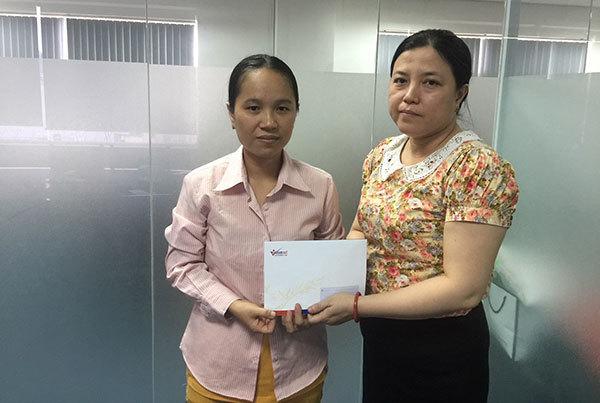 'Mẹ con tôi hạnh phúc rơi nước mắt khi có tiền chữa bệnh'