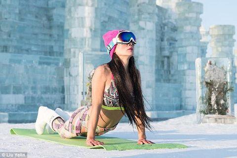 yoga trẻ trung