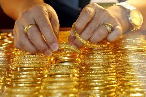 Giá vàng hôm nay 9/2: USD tăng dữ dội, vàng giảm kỷ lục