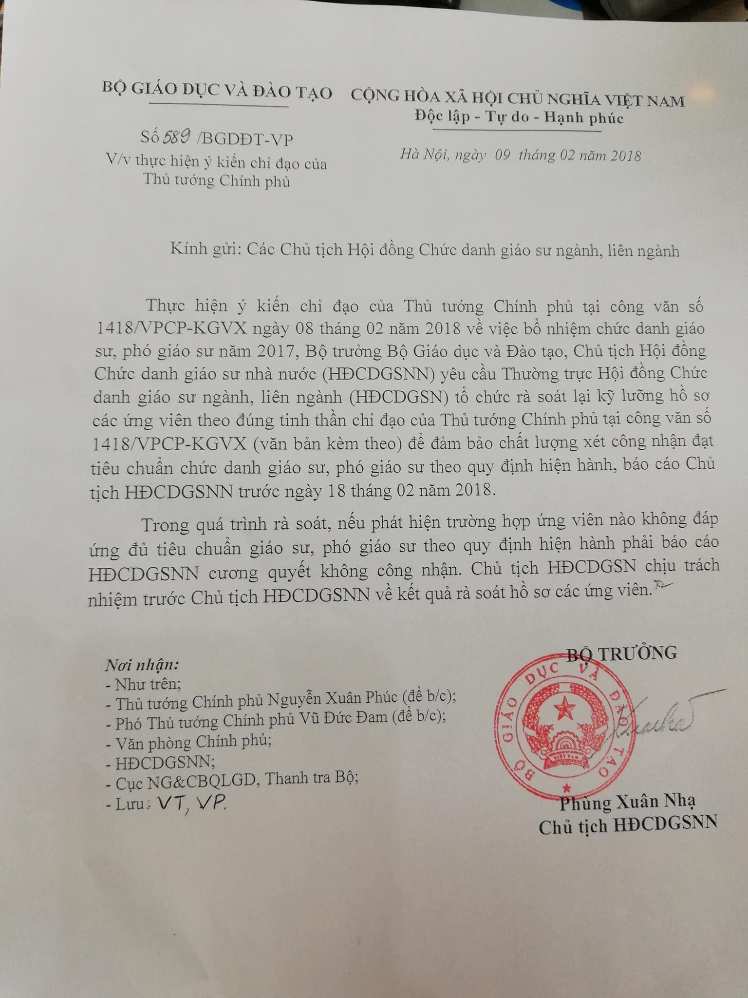 Bộ trưởng Phùng Xuân Nhạ: 'Cương quyết không công nhận ứng viên thiếu chuẩn GS, PGS'