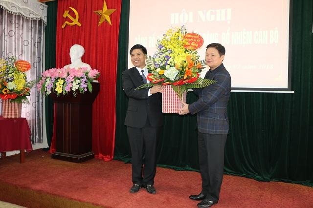 PCT quận Long Biên được giới thiệu bầu làm Chủ tịch Quốc Oai